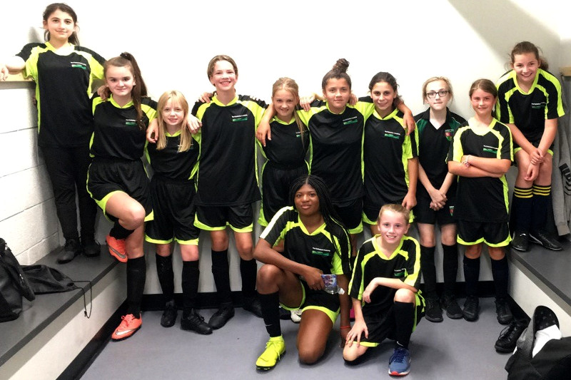 U 14 Girls football team